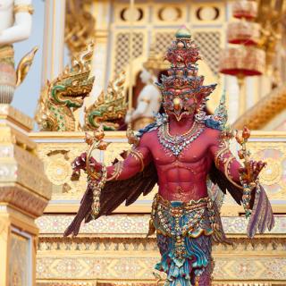 В Таиланде русские и индийцы близнецы - братья. Во всяком случае, тратим мы одинаково - превью